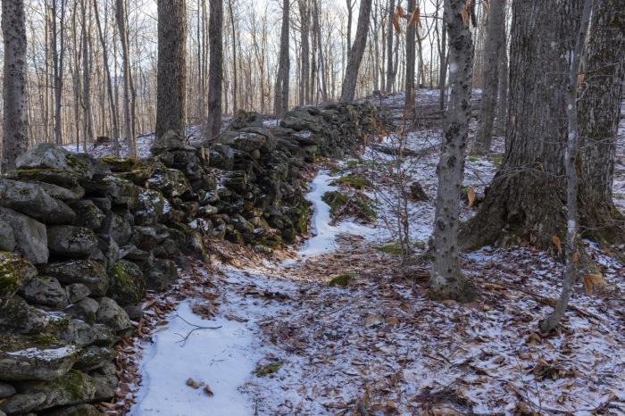Stone wall1